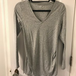 Gap pure body maternity top